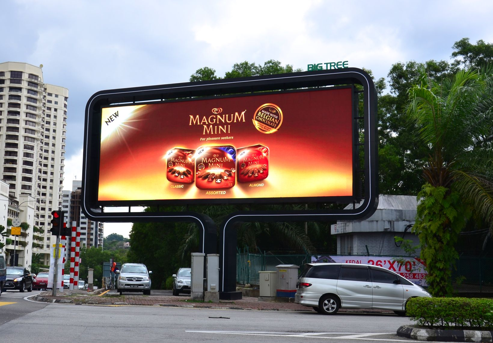 Save Time And Money With High Tech Digital Dynamic Signage